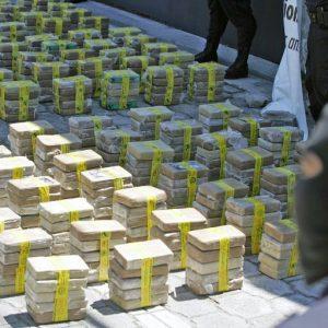 السلفادور.. تهريب طنٍّ ونصف من الكوكايين عبر غوّاصة