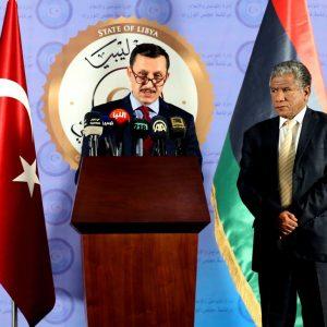 وكيل وزارة الخارجية يعقد مؤتمرًا صحافيًا مع المبعوث الشخصي للرئيس التركي