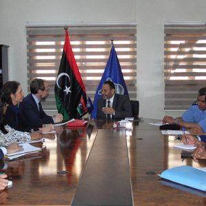وزير الداخلية يجتمع بالمُفوَّض السَّامي لحقوق الإنسان
