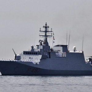 البحرية الإيطالية تضبط سفينة تحمل نفطًا مهرباً من ليبيا