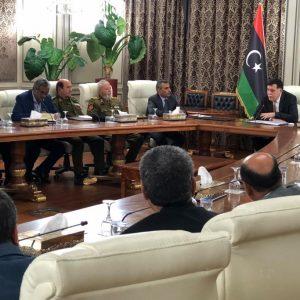 «السرّاج» يلتقي رئيس الأركان وقيادات المؤسسة العسكرية