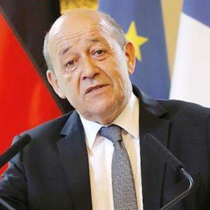 لودريان يقول إن حوالى 500 متطرف فرنسي ما زالوا في سوريا والعراق