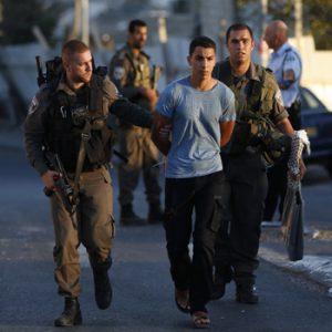 فلسطيني يطعن إسرائيليًا عند محطة حافلات في القدس