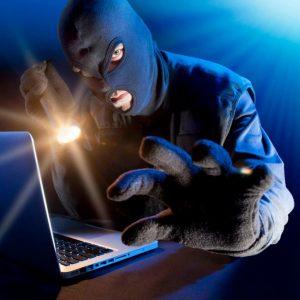 قراصنة يسرقون 6 ملايين دولار من «سويفت» في روسيا