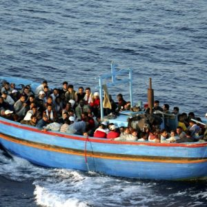 حقيقة غرق القارب الذي يحمل أكثر من «80» ليبيًا