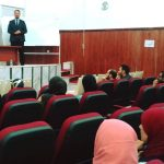 بنغازي.. محاضرة توعوية تستهدف عدداً من أطباء الأسنان
