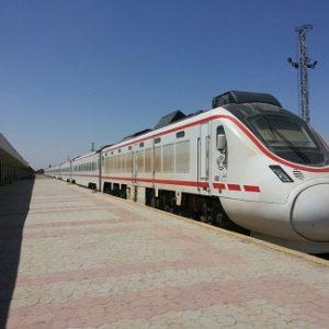 لأول مرة منذ الغزو الأمريكي ....«العراق» يستأنف نقل الوقود إلى «البصرة» بالقطار