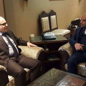 وزير الاقتصاد بالحكومة المؤقتة يلتقي نظيره السوري لبحث التعاون الثنائي بين البلدين