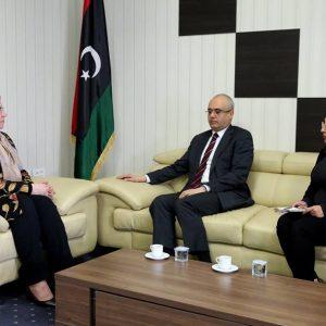 وزير الدولة لهيكلة المؤسسات تلتقي سفير التركي لدى «ليبيا»