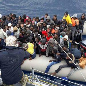خفر السواحل يُنقذ 324 مهاجر غير شرعي و «ليبيُّون» ضمن القائمة