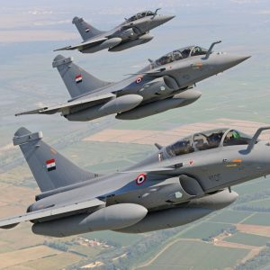 ما حقيقة الضربات الجوية للقوات المسلحة المصرية في مدينة درنة؟؟