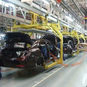 الصين تسمح بإنشاء مصانع سيارات للأجانب على أراضيها