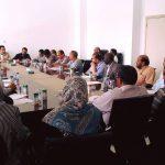 وكيل وزارة الصحة ببنغازي يعقد اجتماعا مع مديري العيادات والمراكز الصحية بالمدينة
