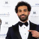 محمد صلاح يُحطم أرقام ليفربول ويرفع جائزة أفضل لاعب في «البريمرليغ»