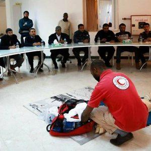 منتسبي مديرية الأمن في الزاوية يتدربون على الإسعافات الأولية وإنقاذ الحياة