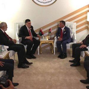 السراج يلتقي عاهل الأردن في الظهران لبحث مستجدات الوضع السياسي الليبي