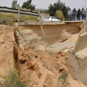 بلدي غريان يناقش مشكلة الانهيار بالطريق الرئيسي الرابط بين غريان وطرابلس