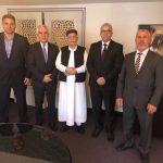 رئيس مجلس النواب «عقيلة صالح» يلتقي بمجموعة من نواب مصراته المقاطعين في المغرب.