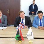 السفير البريطاني يزور مصراتة للنقاش في رؤية المدينة لحلحلة الأزمة الليبية