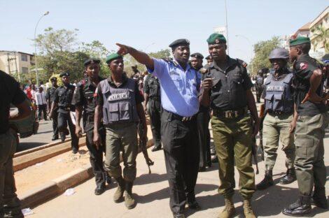 نيجيريا.. مقتل شخصین برصاص قوات الأمن