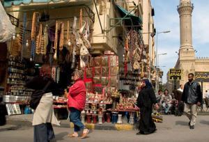 حكومة مرسي تقدم نسب خيالية حول عدد السياح في مصر