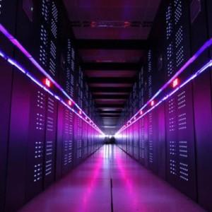"""أسرع كمبيوتر عملاق في العالم """"تيانخه-2"""""""