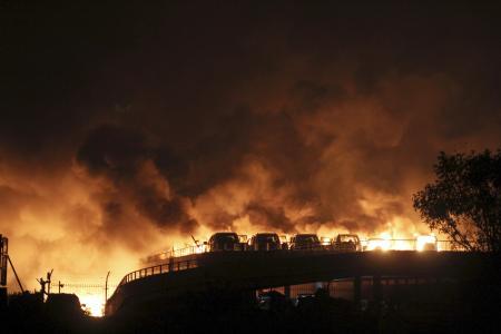 وكالة: 7 قتلى و180 مصابا في انفجارات هائلة في تيانجين بالصين