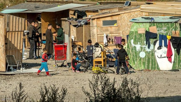 أطفال في مخيم كاليه