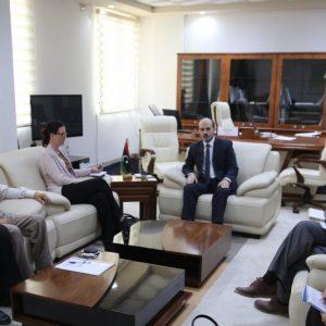 «»تدهور الوضع الإنساني في درنة محور لقاء الدكتور عماري زايد مع مدير مكتب تنسيق الشؤون الإنسانية التابع للأمم المتحدة في ليبيا