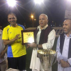اختتام بطولة الوفاق لكرة القدم بتتويج فريق «وزارة التعليم» لفئتي القدامى بكأس البطولة