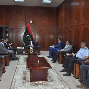 وزير العدل يلتقي رئيس بعثة اللجنة الدولية للصليب الأحمر بليبيا
