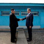 الكوريتان تحتفلان بانتهاء الحرب الكورية ومفاوضات لإعادة الاتصالات العسكرية