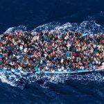 إيطاليا تصم أذنيها عن صيحات الغارقين وتمنع سفن الإنقاذ من الرسو في موانئها