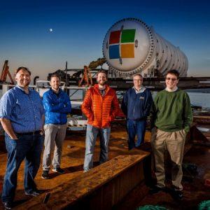 «مايكروسوفت» تقلُّب موازين عالم الحوسبة السَّحابيَّة وتُنشئ مركزاً للبيانات تحت سطح البحر