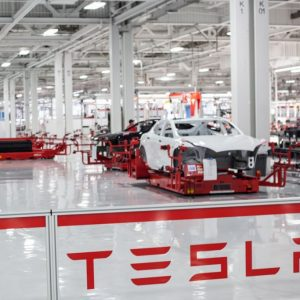 تسلا تبحث عن موطئ قدم لها في ألمانيا لبناء مصنع جديد لتصنيع سياراتها