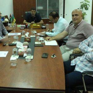 بلدي زوارة تلتقي بالشركة المسئولة عن استكمال صيانة مستشفى زوارة المركزي