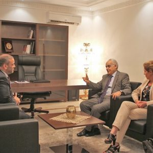المشري في ضيافة سلامة لبحث أخر التطورات السياسية على الساحة الليبية