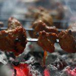 العيد و الشواء و «السوشيال ميديا»