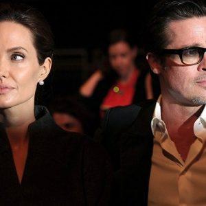 أنجيلينا جولي ترفع دعوى قضائية جديدة ضد زوجها السابق براد بيت