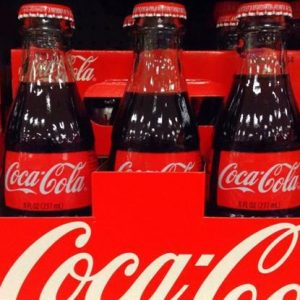 بعد مارلبورو.. كوكا كولا تُدخل الماريجوانا إلى مشروباتها الغازية