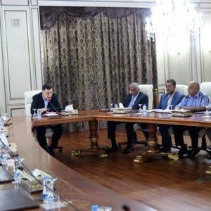 لقاء يجمع السراج مع أعضاء لجنة الترتيبات الأمنية لطرابلس الكبرى