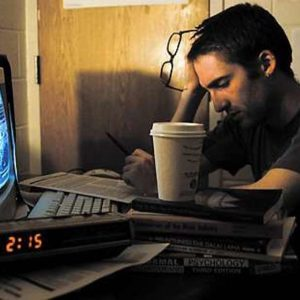 رغم الغذاء الجيد.. قلة النوم قد تسبب الإصابة بالسكري وأمراض الكبد!!