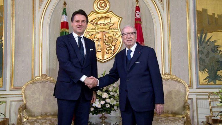 تونس وإيطاليا