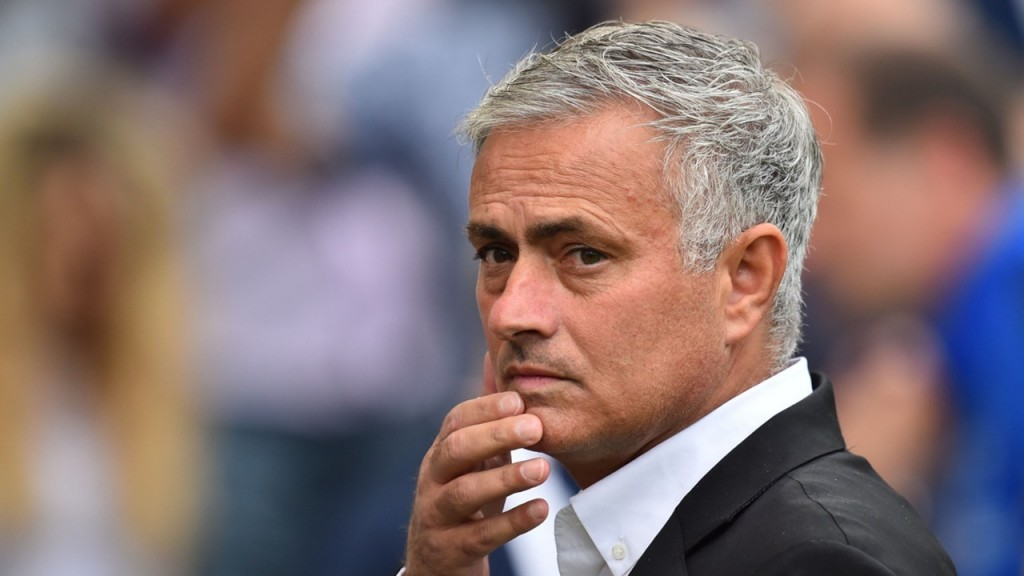 مانشستر يونايتد يصدر حكمه بحق مورينيو