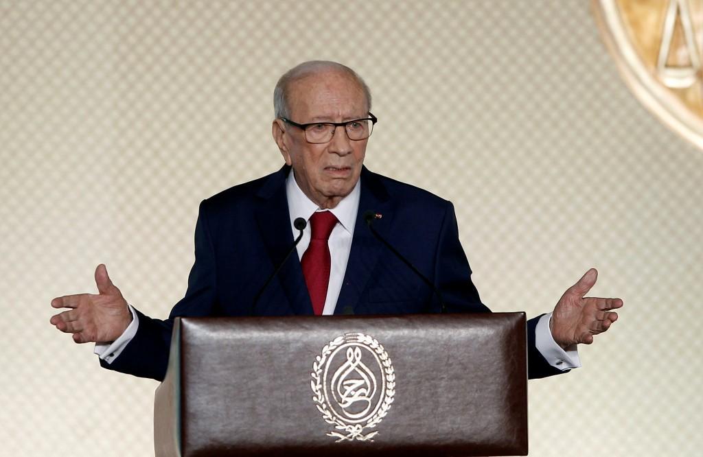 """الرئيس التونسي «يُحذر» من """"إضراب الخميس"""""""