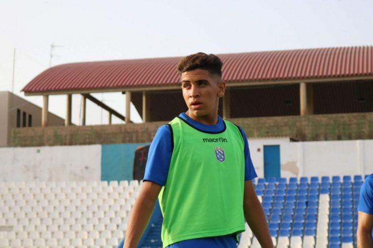 اللاعب المغربي محمد مزيان
