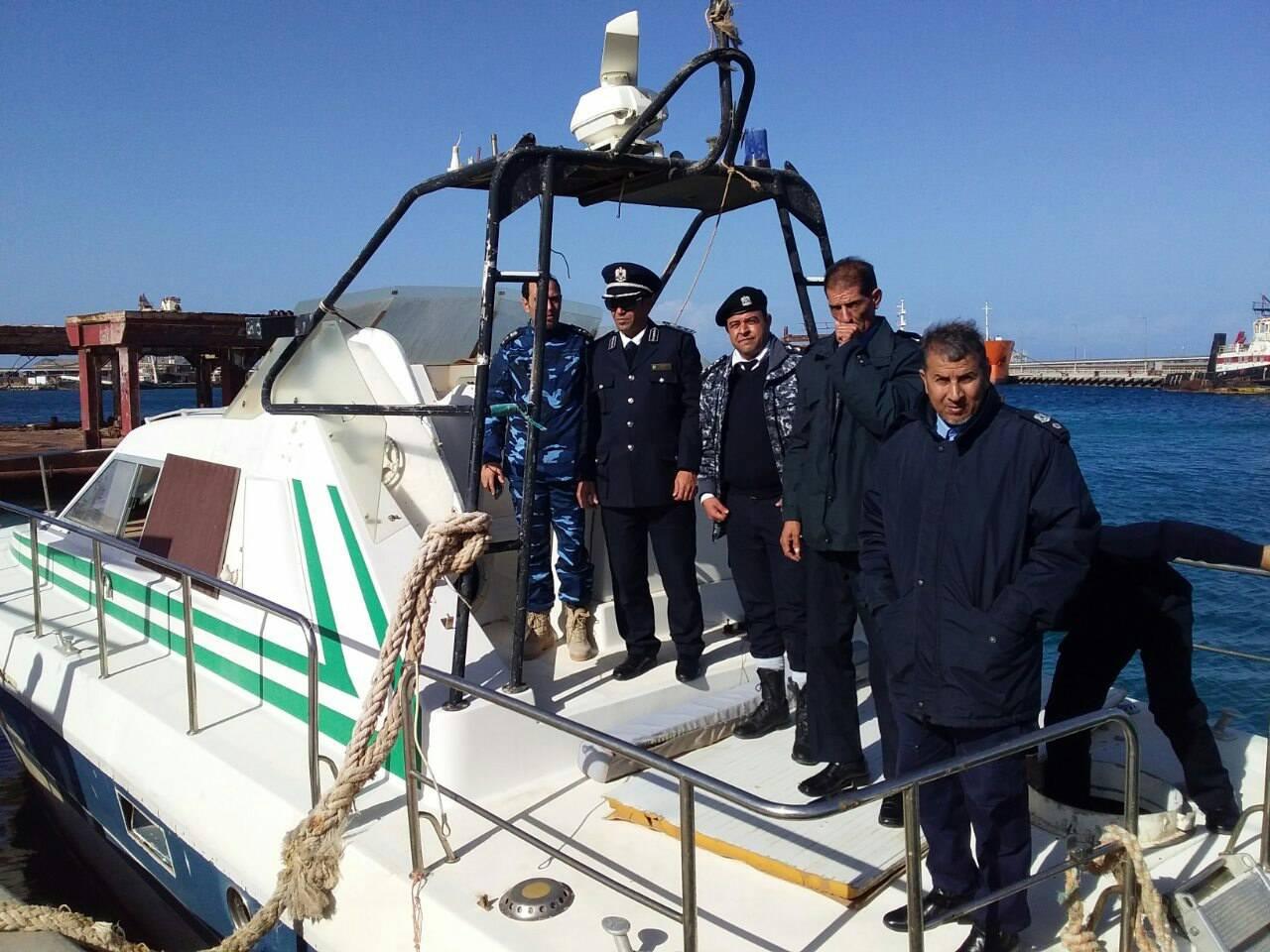 ضمن مبادرة توحيد الجهود الأمنية وبتكليف من باشاغا.. مدير أمن السواحل يتفقد فرع الجبل الأخضر