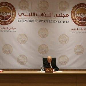 وسط غياب غالبية أعضائه.. مجلس النواب يعقد أولى جلساته في بنغازي بحضور 38 نائبًا