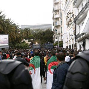 إضرابات عمال المناجم في الجزائر يتسبب بخسائر فادحة للاقتصاد الوطني