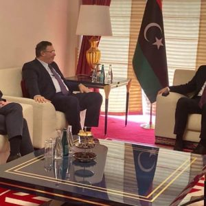رئيس المجلس الرئاسي يستعرض مشاريع «توتال» في ليبيا وخُططها لتطوير الإنتاج